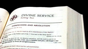 divine service lutheran service book immanuel lutheran church joplin missouri worship service what to expect traditional liturgy hymns family friendly law gospel preaching