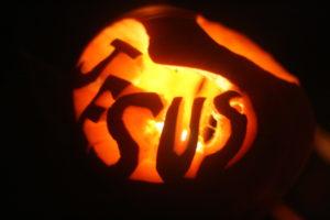 jesus pumpkin carve carving jack-o-lantern