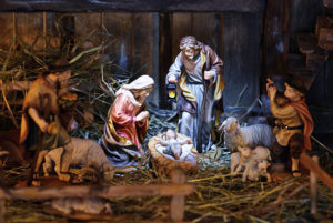 advent nativity scene immanuel lutheran church joplin missouri