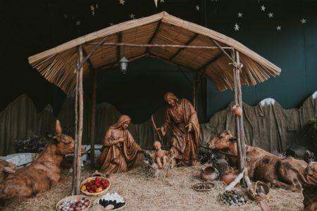 Christmas Eve Candlelight Service. christmas nativity manger immanuel lutheran church joplin missouri lcms